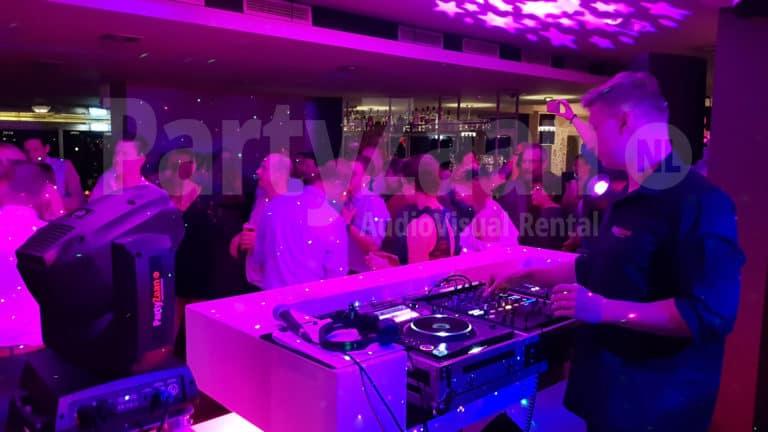 DJ-SET: Pioneer CDJ-2000NXS2/ DJM-900NSX2