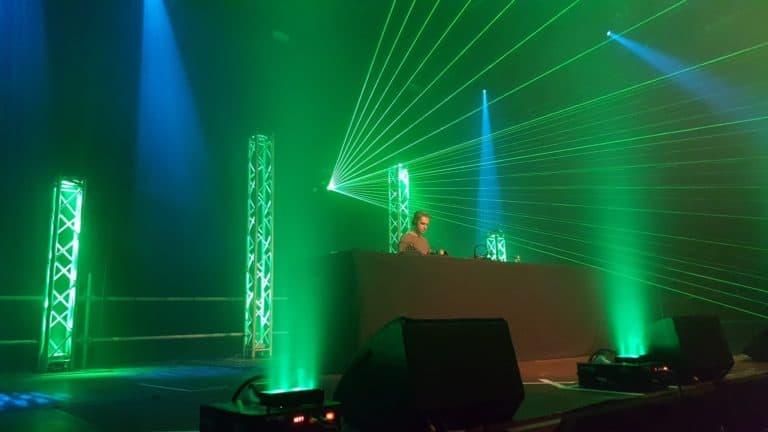 PartyZaan Lasershow + geyser rookmachine huren