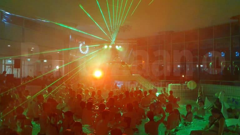 Club spots LED pool party