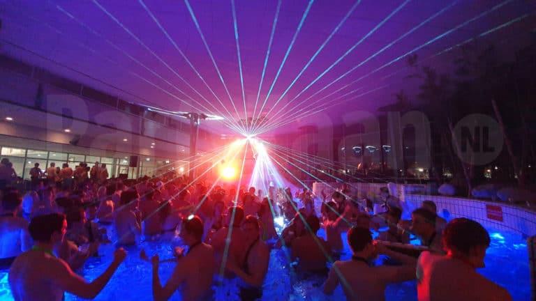 Pool party huren lasershow